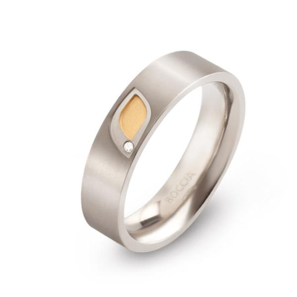 Titan Ring matt gerade Form 5,5 mm mit 1 Brillant Teil-goldplattiert von BOCCIA Titanium